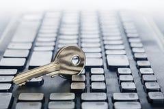 Zeer belangrijk slot op PC-toetsenbord Ð ¡ oncept van computerbeveiliging en bescherming van persoonsgegevens op Internet royalty-vrije stock afbeelding