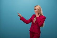 Zeer mooie TV-presentator Stock Fotografie