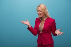 Zeer mooie TV-presentator Stock Foto's