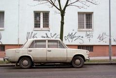 Zeer oude auto Stock Afbeeldingen