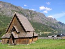 Zeer oude Stavkirke in Noorwegen Stock Foto