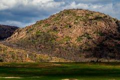 Zeer Rocky Granite Mountain in Westelijk Oklahoma stock foto