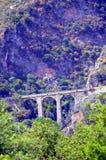 Zeer vroegere brug in stenen Royalty-vrije Stock Foto's