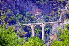 Zeer vroegere brug in stenen Royalty-vrije Stock Foto