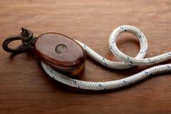 Zeevaart kabel en katrol Stock Afbeelding