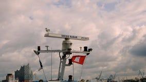 Zeevaart maritieme radar met zeemeeuw bij de haven Royalty-vrije Stock Foto's