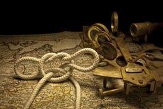 Zeevaart sextant en knoop Royalty-vrije Stock Foto's