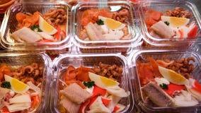 Zeevruchten salades stock foto