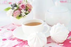 Zefier en kop thee royalty-vrije stock foto's
