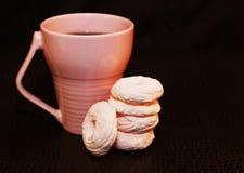 Zefiro rosa e tazza rosa Immagini Stock Libere da Diritti