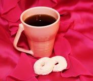 Zefiro rosa e tazza rosa Immagine Stock Libera da Diritti