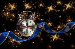 Zegar i delikatny błękitny faborek Obrazy Stock
