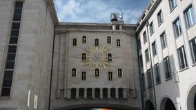 Zegar mieszkanowie w Bruksela zbiory wideo