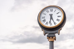 Zegar przy zjednoczenie stacją Kansas City Missouri obraz royalty free