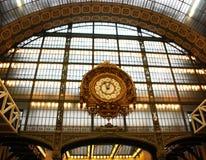 Zegar stara stacja kolejowa Musee d ` Orsay, Paryż, Francja obrazy royalty free