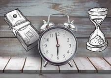 Zegar z pieniądze notatkami i zegarów rysunkami przeciw drewnu Obrazy Royalty Free