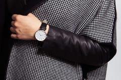 Zegarek na ręce zdjęcie royalty free