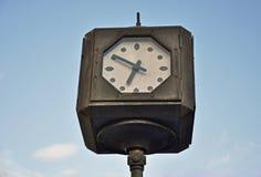zegarowa tło ilustracja odizolowywał wektorowego ulica biel Zdjęcie Stock