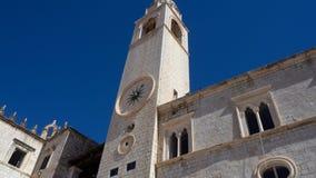 Zegarowy wierza Dubrovnik z gołąbką zdjęcia stock