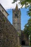 Zegarowy wierza i miasto ściana brzęczenie, Chorwacja zdjęcie stock