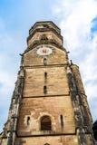 Zegarowy wierza Stiftskirche kościół w Stuttgart, Niemcy obrazy stock