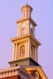 Zegarowy wierza w Baltimore śródmieściu w wczesnym zima ranku Fotografia Stock