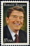 Zegel met President Ronald Reagan Stock Foto