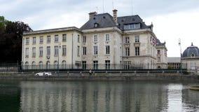 Zegenrivier in Troyes, Frankrijk stock video