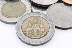Zehn-Baht-thailändische Münze Stockfotografie