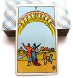 10 zehn der Schalen-Tarock-Karten-Glück-inneres Glück-glücklichen Familien/der Gruppen/der Verhältnisse lizenzfreie abbildung