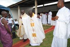 ZEHN JAHRE EINER AFRIKANISCHEN PRIESTER-PRIESTERSCHAFT Lizenzfreie Stockfotografie