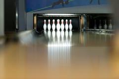 Zehn Pin Bowling Shoot Lizenzfreies Stockbild