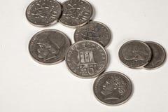 Zehn und zwanzig Drachmenmünzen Lizenzfreie Stockfotos