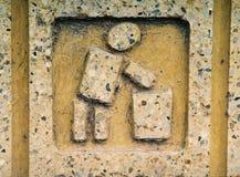 Zeichen auf Abfalldose Stockbild