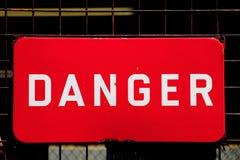 Zeichen der Gefahr Stockfotos