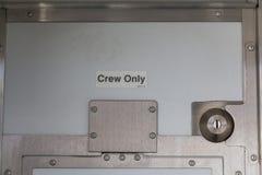 Zeichen der Mannschaft nur auf einem Schiff Stockfotos