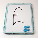 Zeichen des britischen Pounds auf whiteboard Stockfoto
