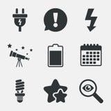 Zeichen des elektrischen Steckers Lampe und Batterie Lizenzfreie Stockbilder
