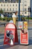 Zeichen, die Eiscreme in Küste Ferienzentrum GT Yarmouth annoncieren Lizenzfreies Stockbild