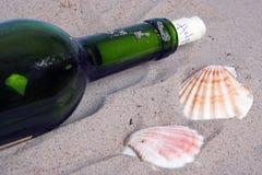 Zeichen in einer Flasche Lizenzfreies Stockbild