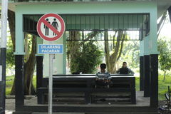 Zeichen für Paare Stockfotos