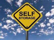 Zeichen für Selbstspeicheranlage lizenzfreie stockbilder