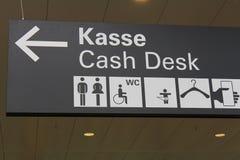 Zeichen für den Bargeldschreibtisch Stockfoto