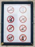 Zeichen am Heiligen James Cathedral Jerusalem, Israel Lizenzfreie Stockbilder