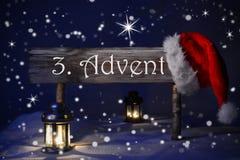 Zeichen-Kerzenlicht Santa Hat 3 Advent Means Christmas Time Lizenzfreies Stockbild