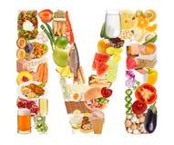 Zeichen M gebildet von der Nahrung Stockbild