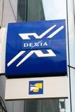 Zeichen von Dexia Querneigung Stockbilder