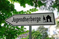Zeichen von Jugendherberge (deutsche Jugend-Herberge) Stockfoto