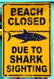 Zeichen warnt Lizenzfreie Stockbilder