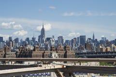 Zeichen, Ziegelsteine, nahe der Brooklyn-Brücke Stockbilder